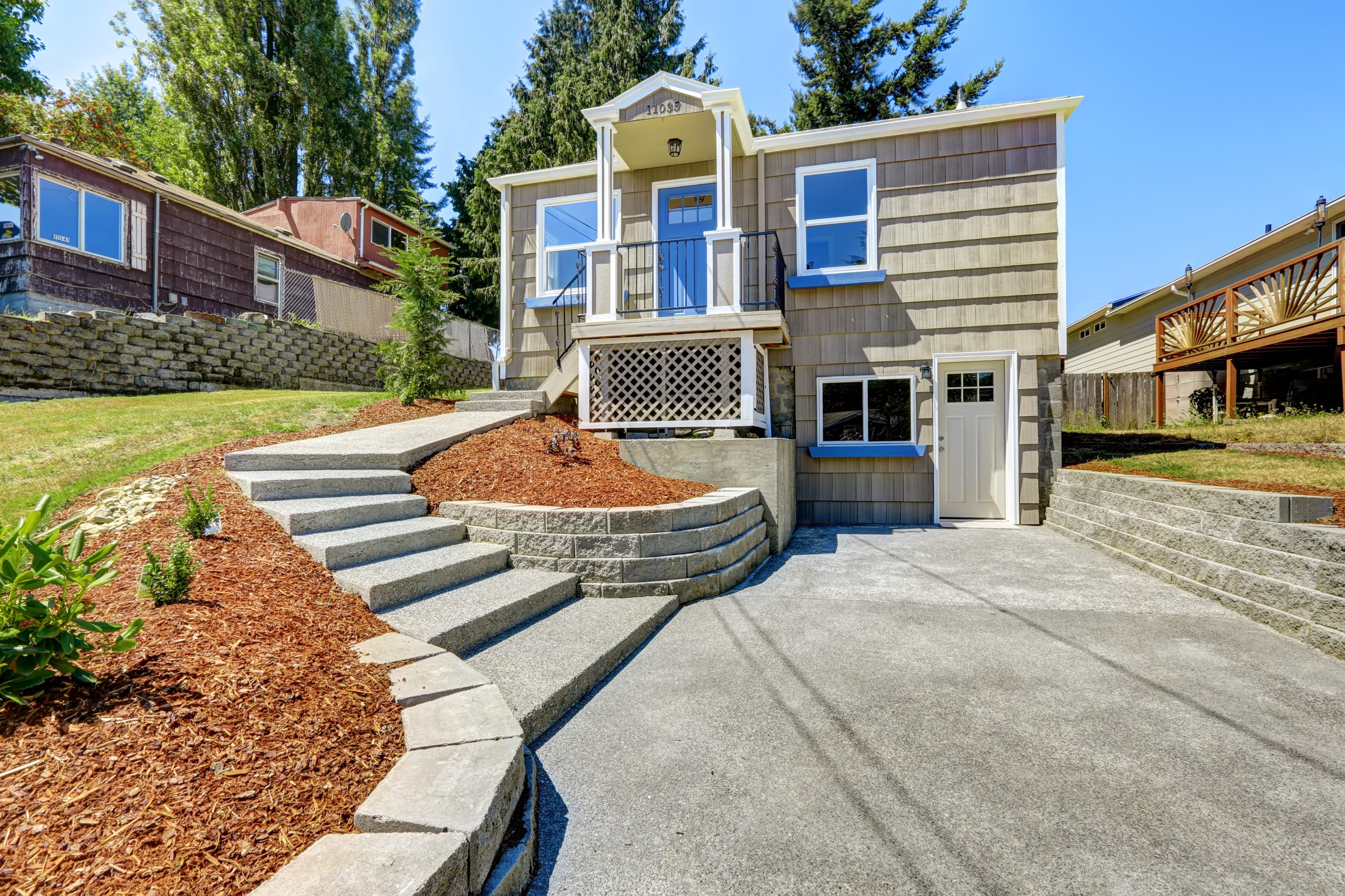 Vancouver-WA-Concrete walkway-to-House-